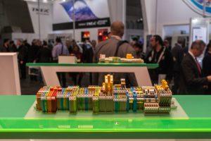 Foto auf Hannovermesse: komplexe elektrische Geräte